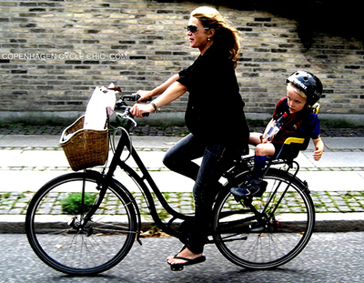 Pregnant mom cycling